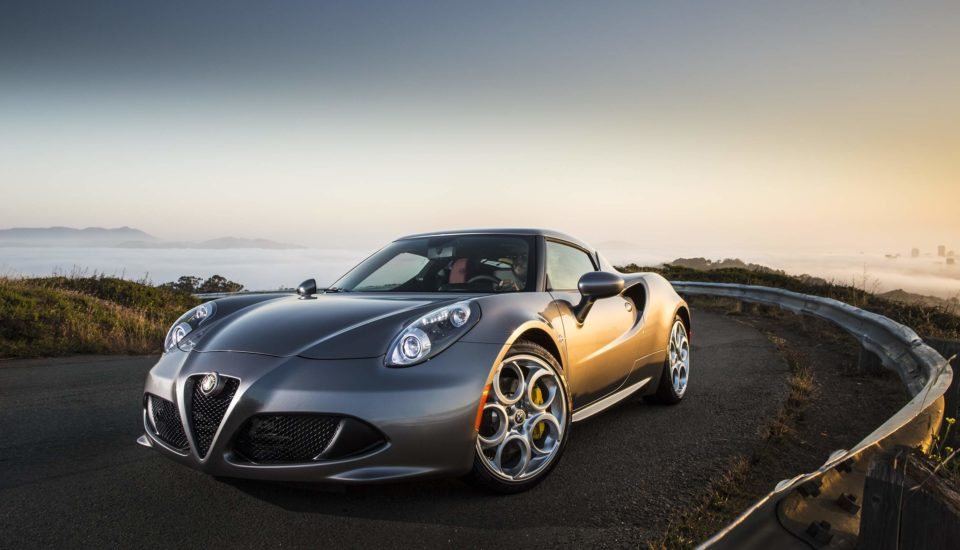 Rent a Alfa Romeo 4C