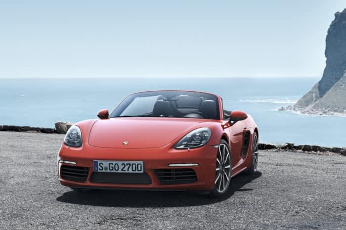 Rent a Porsche Boxter 718