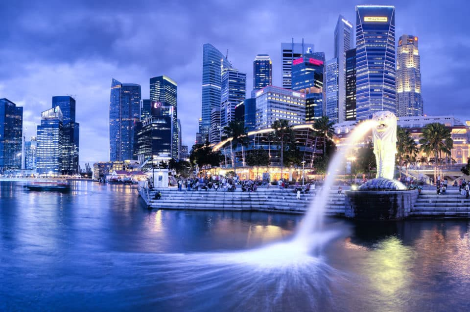 Singapore sets new rules to preserve space and environment: governmental stop of new vehicles' permits starting February 2018