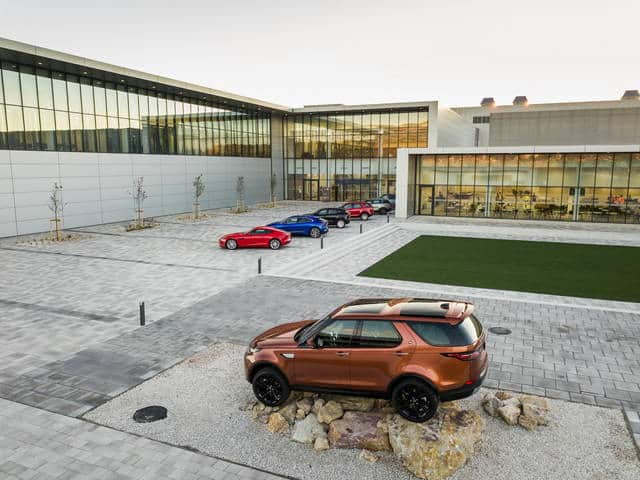 Jaguar Land Rover inaugurates the new plant in Slovakia