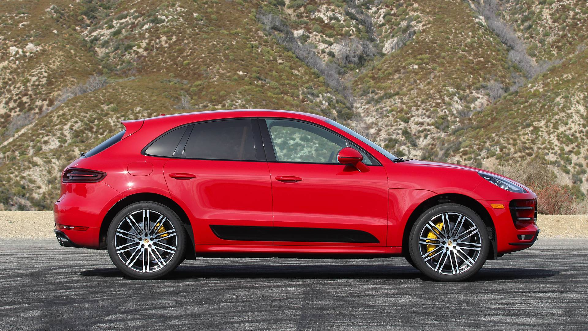 Best Luxury Compact Suv >> Rent a Porsche Macan Turbo - Exotic Car Rentals - Italy ...