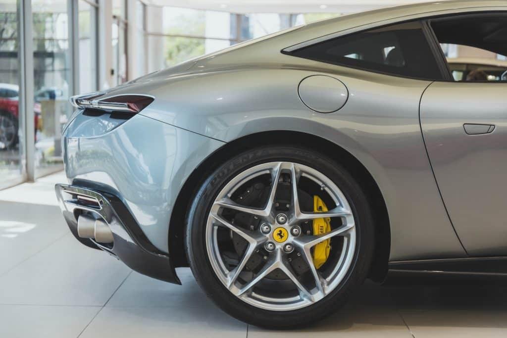 Rent a Ferrari Roma In Milan